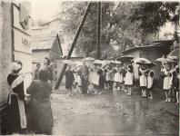 1987 г. Открытие мемориальной доски на доме, где проживала семья В.Левченко